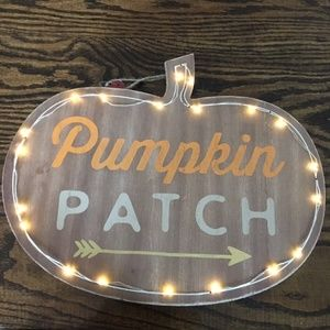 Lit Pumpkin Patch Sign